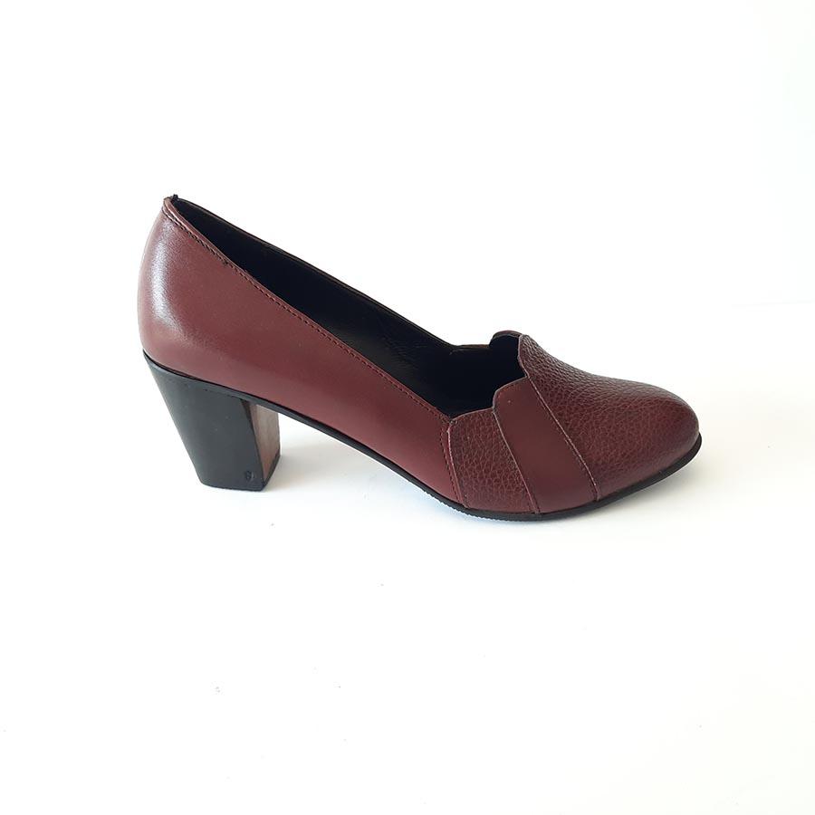کفش زنانه  چرم طبیعی دست دوز تبریز کد 220