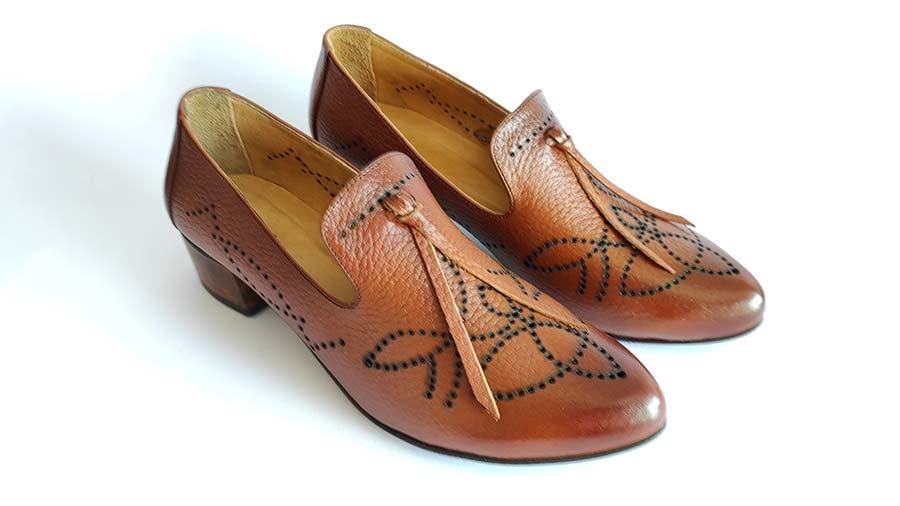 کفش زنانه مجلسی چرم طبیعی دست دوز تبریز کد 631